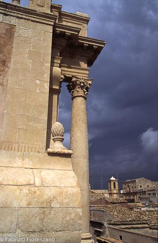 Colonne San Carlo Borromeo. Ordine inferiore